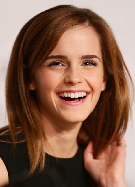 2014 Emma Watson Medium Hairstyles: Cute Straight Hair