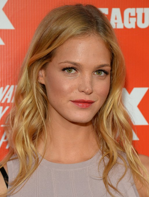 2014 Erin Heatherton Medium Hairstyles: Textured Layered and Tapered