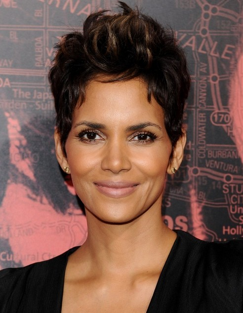 halle berry short haircut top 100 hairstyles for 2015 pretty designs us57 1539 | 2014 Halle Berry Hairstyles Short Pixie Haircut