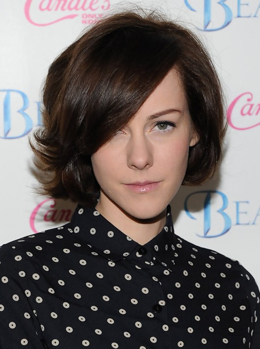 2014 Jena Malone's Short Hairstyles: Long Bangs