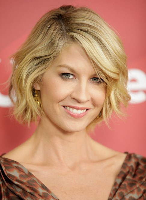 Wavy Bob Hairstyles Without Bangs : 100 hottest short hairstyles & haircuts for women pretty designs