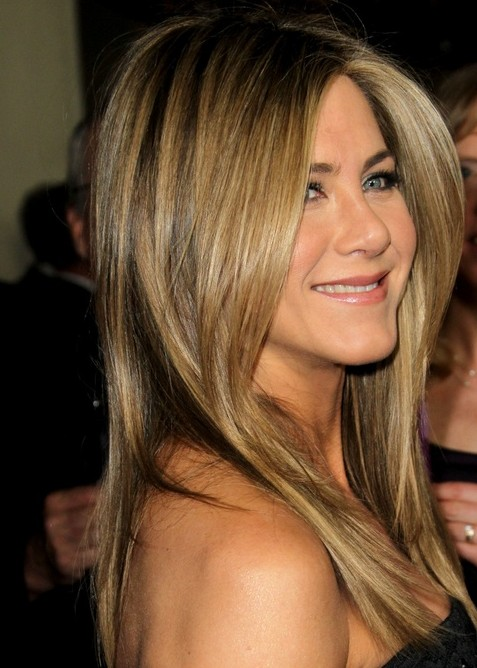2014 Jennifer Aniston Hairstyles: Medium Straight Haircut