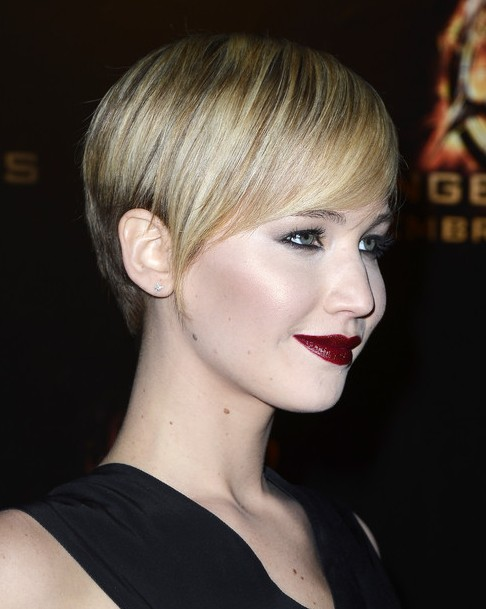 2014 Jennifer Lawrence Hairstyles: Best Short Pixie Haircut