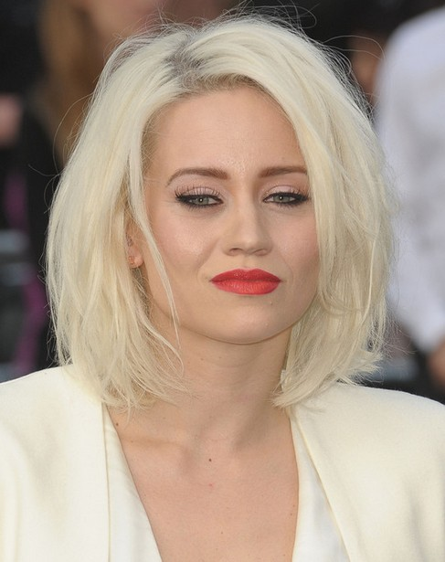 Wondrous 80 Medium Hairstyles For 2014 Celebrity Haircut Trends Pretty Short Hairstyles For Black Women Fulllsitofus