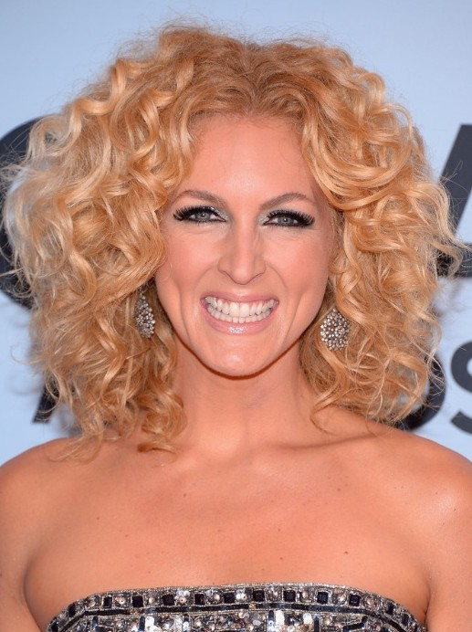 2014 Kimberly Schlapman Medium Hairstyles: Tousled Curls