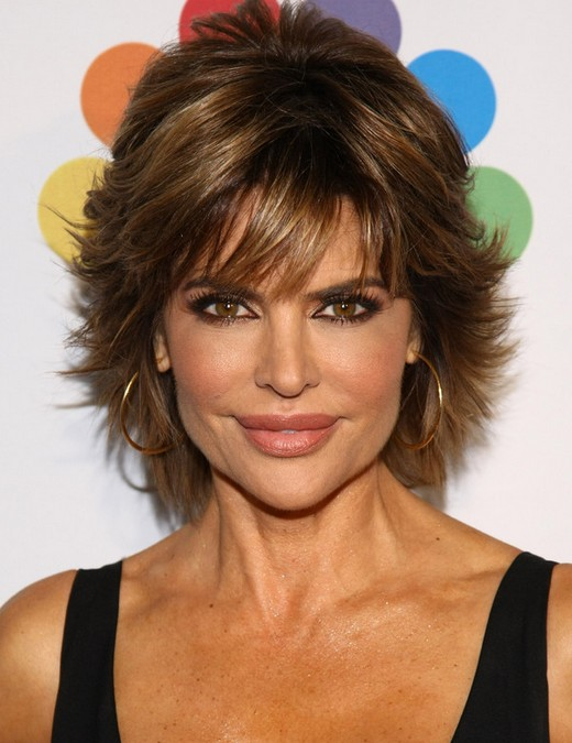 2014 Lisa Rinna's Short Hairstyles: Pretty, Textured Haircut