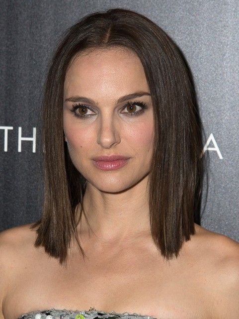 2014 Natalie Portman Medium Hairstyles: Blunt Haircut