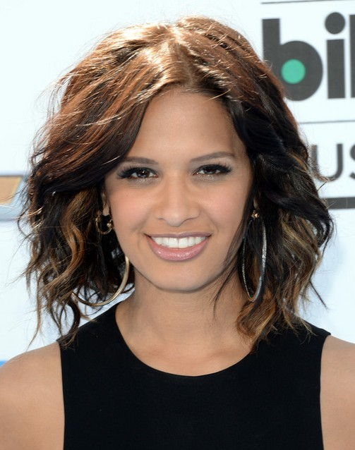 2014 Rocsi Diaz Medium Hairstyles: Messy Wavy Hair