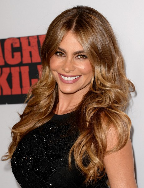 2014 Sofia Vergara Hairstyles: Sexy Waves