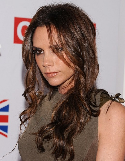 2014 Victoria Beckham Hairstyles: Brown Long Wavy Hair