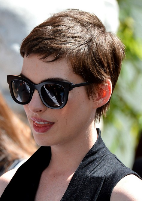 Anne Hathaway Pixie Cut For 2017 Cool Short Boy Women
