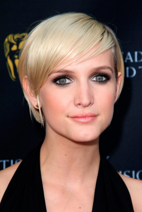 Ashlee-Simpson's short hairstyles