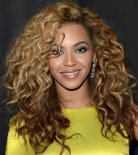 Strange Beyonce Hairstyles Stylish Voluminous Long Curls For A Party Short Hairstyles For Black Women Fulllsitofus