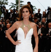 Cindy Crawford: Mermaid Gown Featured with Gold Embellished Neckline by Roberto Cavalli