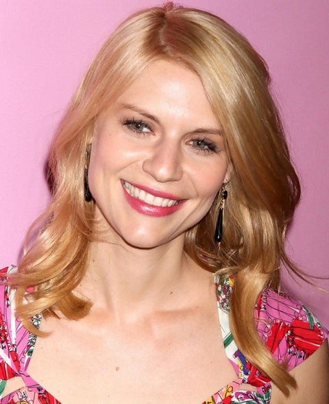 Claire Danes Hairstyles: Gorgeous Long Curls