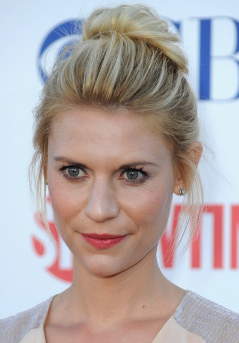 Claire Danes Hairstyles: Loose Bun for Blonde Hair