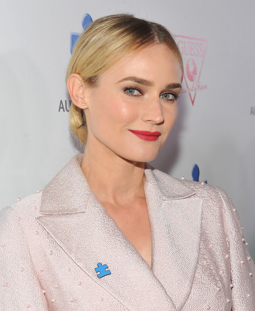 Diane Kruger's Classic Buns