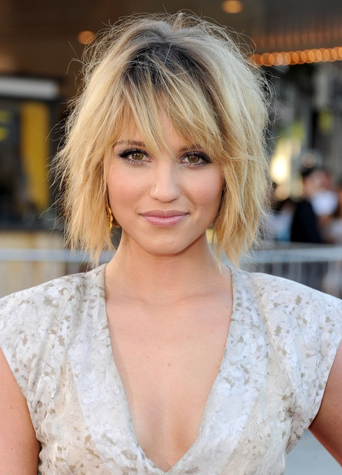 Dianna Agron Layered Bob Hairstyle Por Short For Thick Hair