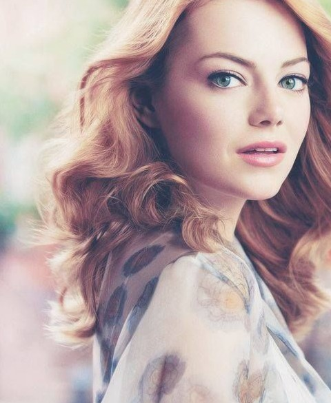 Emma Stone Hairstyles: Fairy Medium Loose Curls
