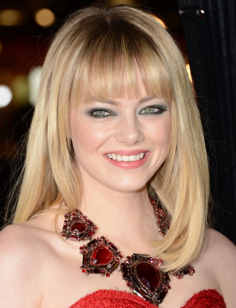 Emma Stone Hairstyles: Lovely Radiant Straight Haircut with Bangs