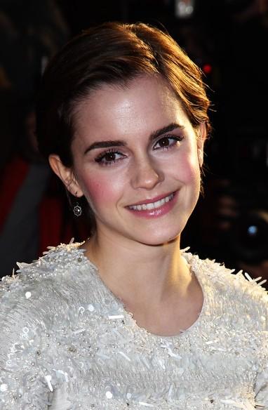 Emma Watson Layered cool Razor Cut