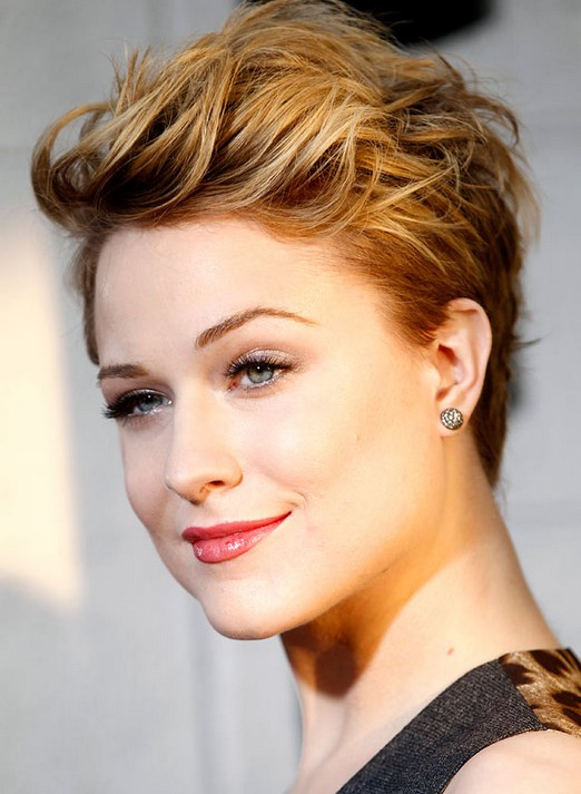 Evan Rachel Wood's Short Hairstyles: Layered Pixie Haircut for 2014