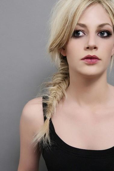 Fishbone Braided Ponytail Hairstyle for Schoolgirls