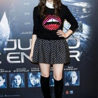 Hailee Steinfeld Flared Check Printed Mini Skirt