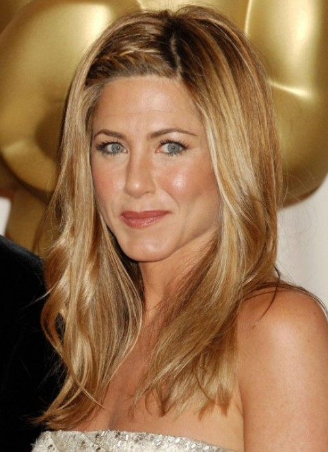 ... Aniston Long Hairstyle: Curly Hair with Stylish Bangs - Pretty Designs
