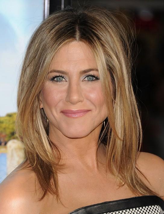Jennifer Aniston Medium Length Hairstyle: Center Part