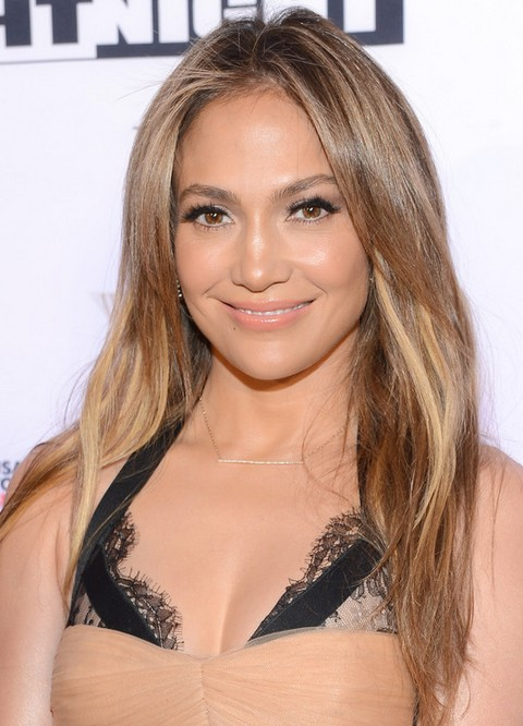 Jennifer Lopez Hairstyles: Blonde Layered Haircut for Any Occasion