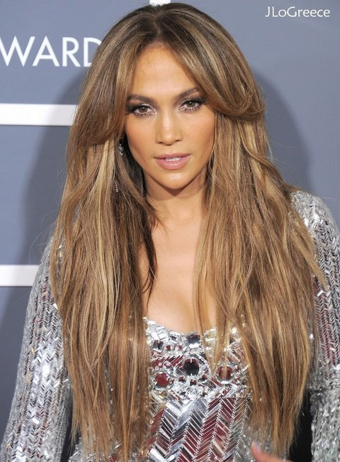 Jennifer Lopez Hairstyles: Fantastic Fluffy Straight Haircut with Center-parted Bangs