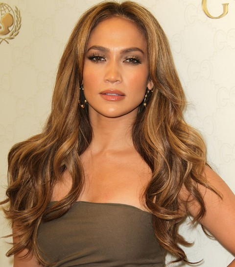 Jennifer Lopez Hairstyles: Glamorous Long Curls for All Face ...
