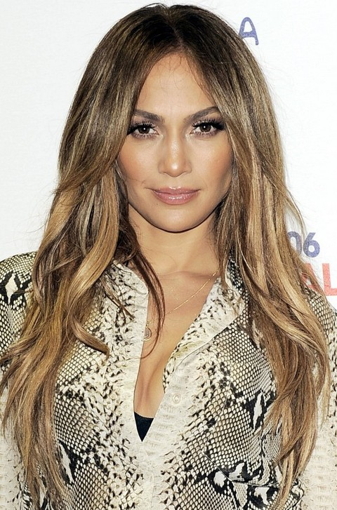 Jennifer Lopez Hairstyles: Layered Straight Haircut for Women