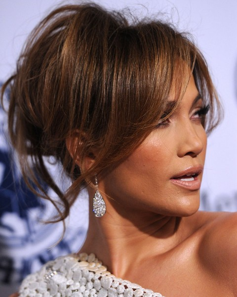 Jennifer Lopez Hairstyles: Modern Loose Bun for Any Face Shape