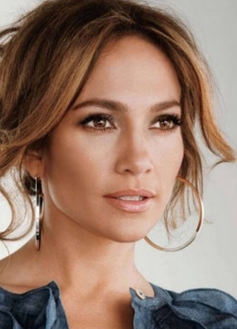 Jennifer Lopez Hairstyles: Romantic Messy Updo for Ladies