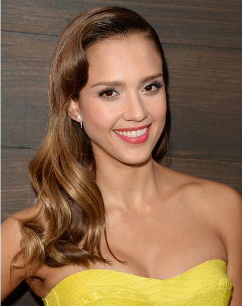 Jessica Alba Long Hairstyles 2014: Loose Waves Hairstyle