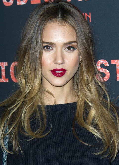 Jessica alba long hairstyles ombre loose curls for all face jessica alba long hairstyles ombre loose curls for all face shapes urmus Images