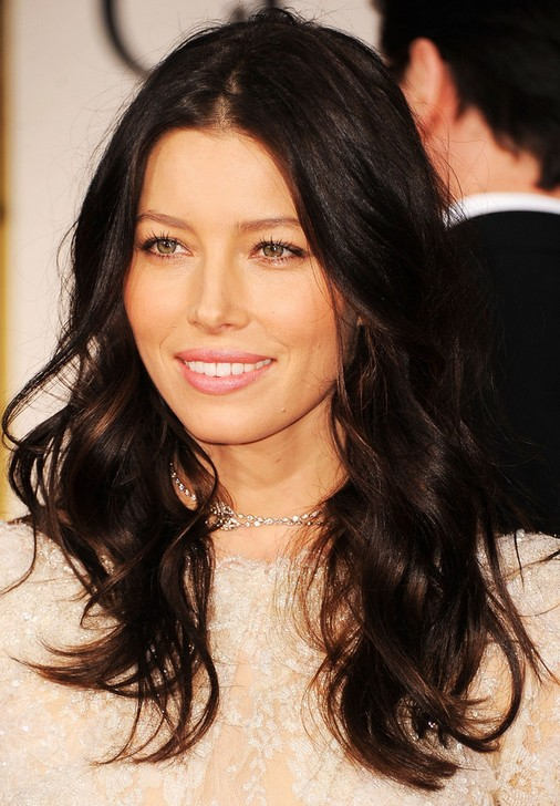 Jessica Biel Long Hairstyle: Haircut with Wavy Ends