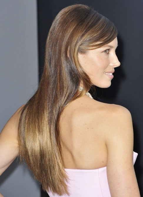 Jessica Biel Long Hairstyle: Straight Haircut with Side Parting