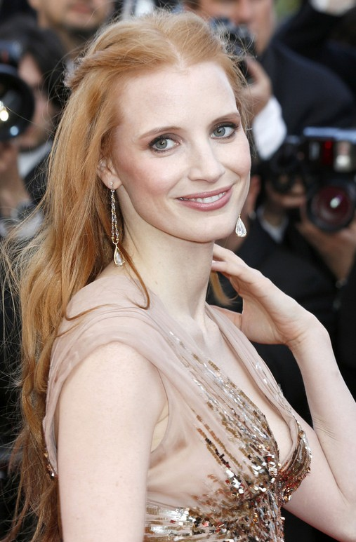 Jessica Chastain Long Hairstyle: Subtle Ends