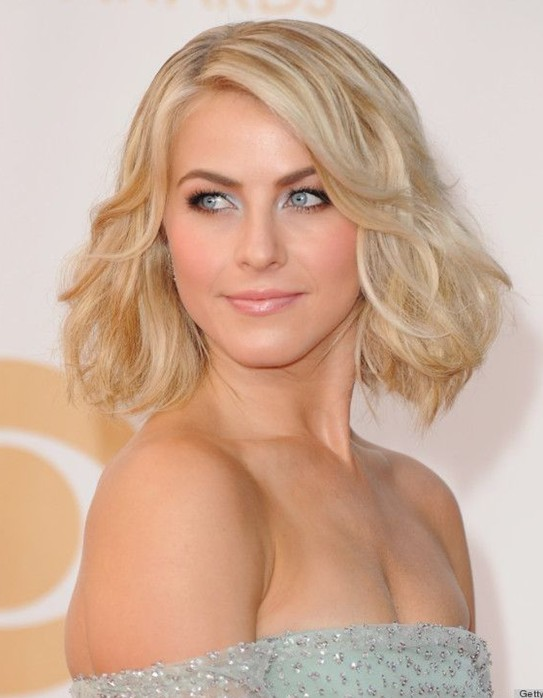 Julianne Hough's Hairstyle: Soft Curly Bob Hairstyle for Wedding and Prom