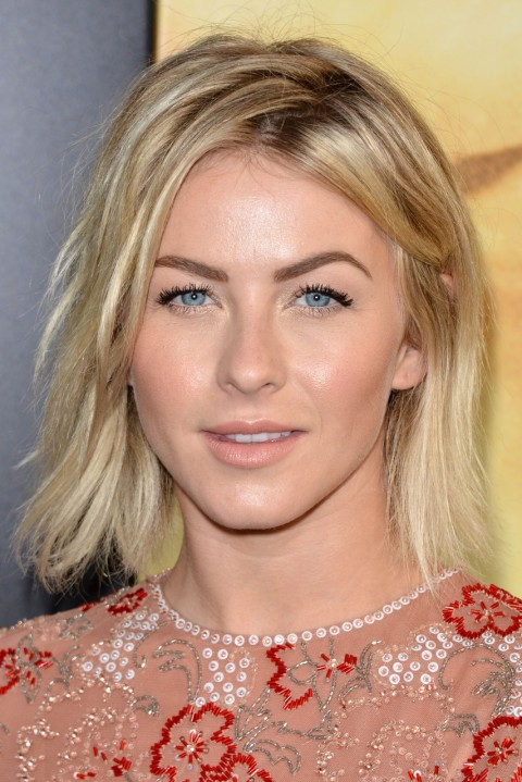 Julianne-Hough's short hairstyles