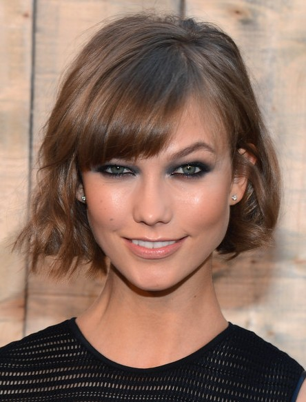 Karlie Kloss Short Hairstyle 2014 Casual Haircut With Cool Bangs