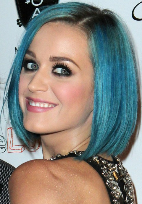 Kat Perry Hairstyles: Blue Side-parted Bob