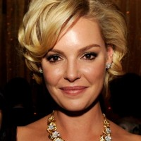 Katherine Heigl voluminous Short Curls
