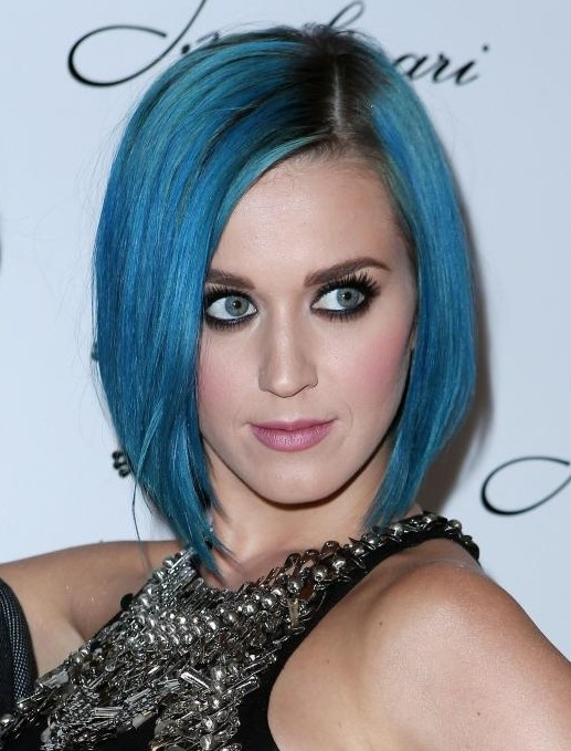 Katy Perry's Short Hairstyles: Straight Bob