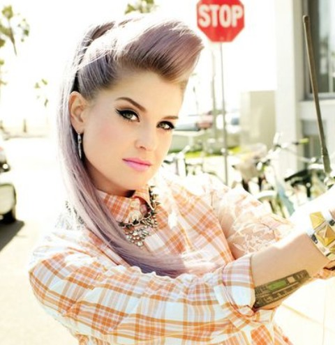 Kelly Osbourne Hairstyles: Stylish Ponytail