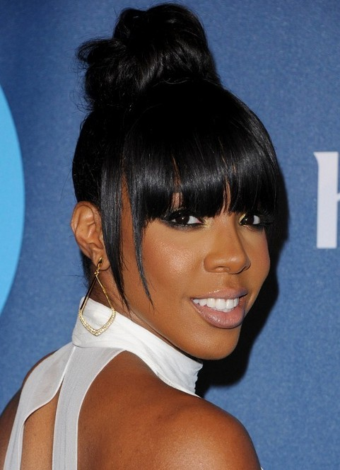 Kelly Rowland Hairstyles: Adorable Hair Knot
