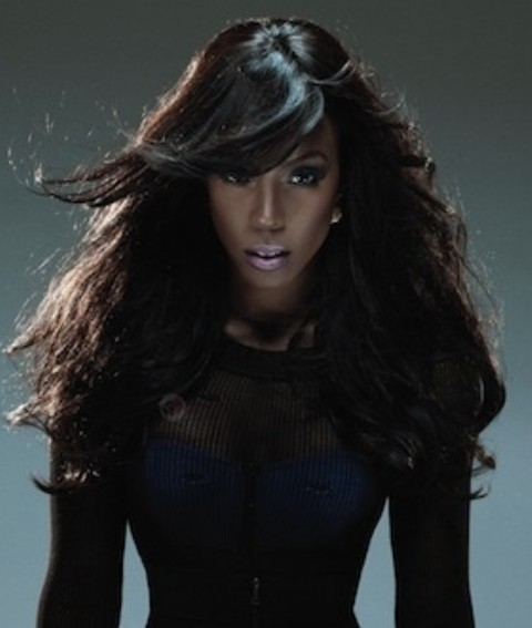 Kelly Rowland Hairstyles: Fabulous Straight Haircut with Bangs